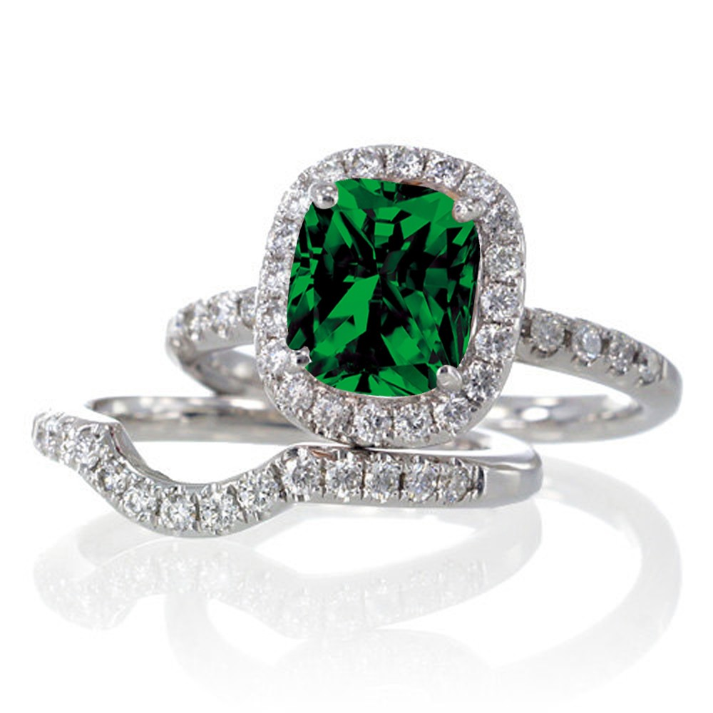 the most beautiful wedding rings emerald green wedding. Black Bedroom Furniture Sets. Home Design Ideas