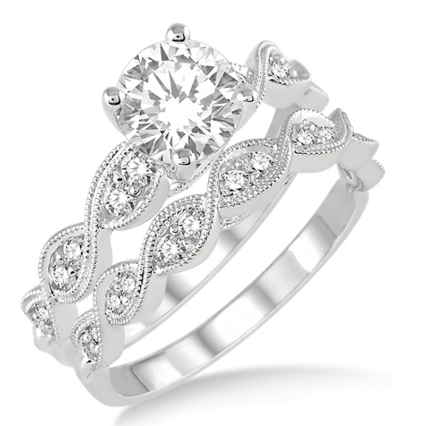 1.00 Carat inertwined Bridal set in Princess cut diamond in 10k white gold