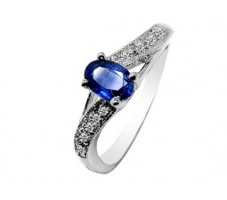 .50 Carat Sapphire Engagement Ring on Silver